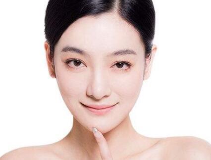 内江达芬奇整形医院做双眼皮埋线几天消肿 一周见证美丽时