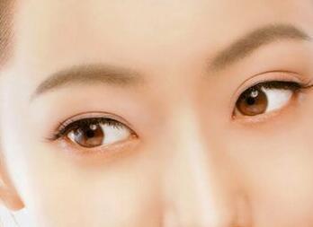 怎么治眼袋 福州艾丽莎整形医院超声去眼袋效果好吗