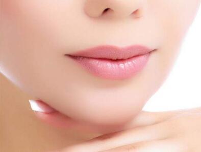 长沙佰瑞整形医院整容下巴多少钱 双下巴吸脂效果自然吗