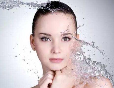 青春痘疤痕怎么去除 山东中鲁医院美容科激光祛除安全吗