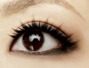 黑眼圈是怎么形成的  杭州艺之花整形医院激光去黑眼圈优势