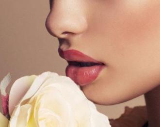 厚唇改薄有什么需要注意 烟台绿叶爱丽整形医院改唇安全吗