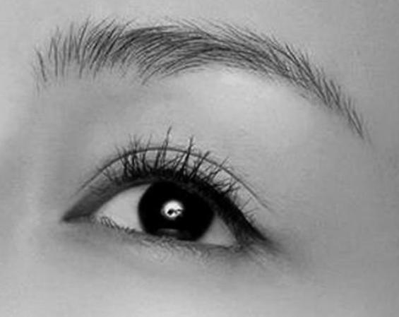 西安西京医院植发美容科<font color=red>种植眉毛</font>好吗 眉眼含情 找回你的美