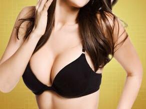 隆胸假体取出危害 湘潭春天整形医院做隆胸修复安全吗