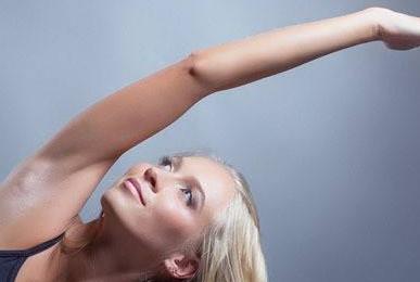 上臂吸脂价格多少 广东珠海爱思特吸脂瘦手臂技术怎么样