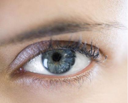 扬州第一人民医院整形美容科切双眼皮  给你一双迷人的眼睛