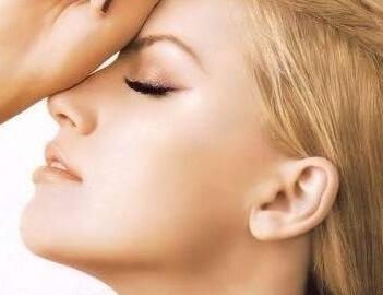 沈阳纽莱茵假体隆鼻手术价格 打造精致翘鼻