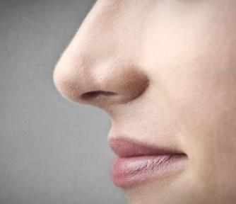 隆鼻假体修复能保持多久 漳州美博士整形<font color=red>隆鼻修复价格</font>