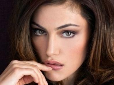 假体丰额头术安全性如何 青岛海伦整形丰额头留疤吗