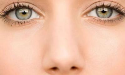 做手术去眼袋有什么危害 开封新区华亿整形切眼袋多久恢复