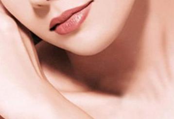 唇裂修复术什么时候做最好 郑州东方女子整形唇裂修复好吗