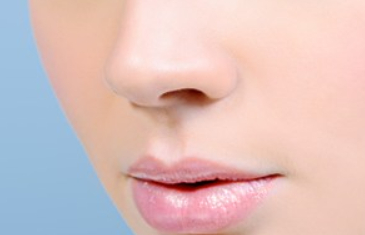 做自体肋软骨隆鼻多少钱 广州智媄整形软骨隆鼻价格