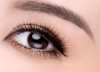一般切眉手术要多少钱 肇庆民和医院整形切眉有副作用吗