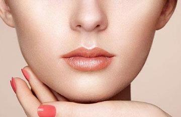 漂唇部位修复可以沾水吗 广州利美康整形医院漂唇优势