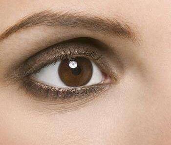 去黑眼圈眼膜排行榜 重庆花都整形医院做激光去黑眼圈优势