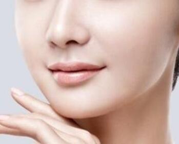 新疆华美国际整形医院瘦脸价格 吸脂瘦脸后多久见效