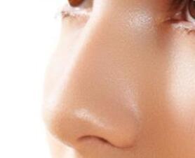 金华协和医院整形科做假体隆鼻整形多少钱