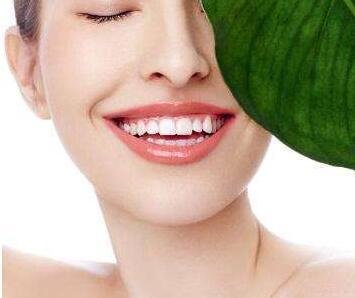 什么种植牙 重庆美莱医院口腔科种植牙需要多少钱