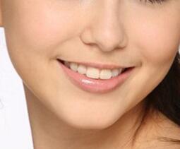 南京雅康口腔医院牙齿美容矫正价格是多少