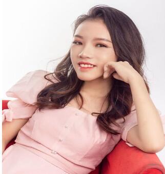 越南龅牙妹Nhu Huyen嘴唇合不上 整容后几乎没人认出她