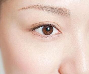 南昌美林整形医院<font color=red>去眼袋手术费用</font> 激光去眼袋优势