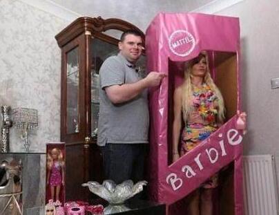 """英国伦敦Rachel Evans进行整容 希望像""""芭比娃娃""""一样漂亮"""
