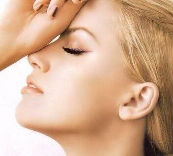 重庆爱思特鼻翼缩小价格是多少 切口位置在哪