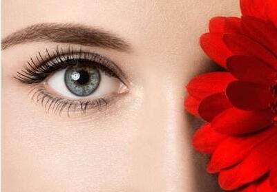 双眼皮失败修复哪家好 呼和浩特五洲做双眼皮修复多少钱