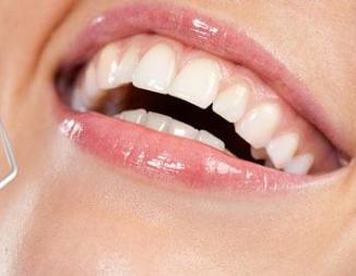 烤瓷牙的种类都有哪些 超龙牙博士口腔医院地址