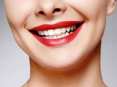北京中诺口腔医院无托槽隐形<font color=red>牙齿矫正</font>的优点是什么