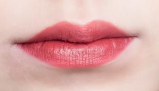 漂唇术的材料是否安全 福州韩尔整形医院漂唇术有什么优点