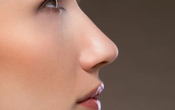 北海博铧医院整形科歪鼻矫正手术安全吗 歪鼻矫正护理