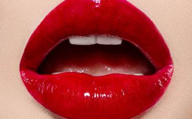 漂唇会有伤痕吗 深圳艾妍整形医院漂唇手术很疼吗