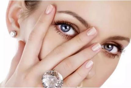 双眼皮失败了什么时间能修复 修复后的效果