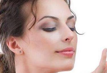 面部吸脂减肥并发症怎么办 吸脂到底疼不疼