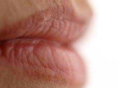 大连李耀宇整形医院正规吗 漂唇的色料影响维持时间吗