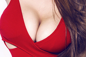 重庆蝶姿整形医院假体隆胸 制定少女桃花胸