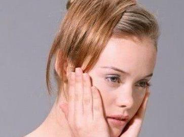 激光祛斑让你的脸干干净净 郑州明星整形医院激光祛斑好吗