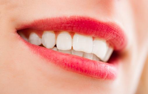 广州广大口腔整形医院烤瓷牙贵吗 可以使用多长时间呢