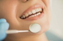 成都河马口腔门诊部种植牙好不好术后该注意什么