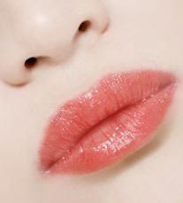 成都昆贝拉医院漂唇是不是很痛 如何才能达到预想效果