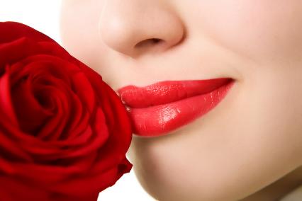 唇部整形有哪些项目 北京整形医院厚唇改薄价格