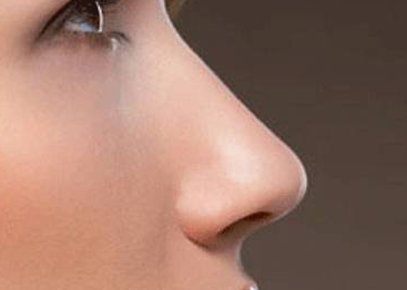 隆鼻有危险吗 郑州徐锐峰整形医院可以做鼻翼缩小吗