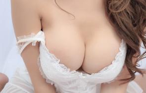 乳头过大三种情况 大连石涛整形医院如何进行乳头缩小手术