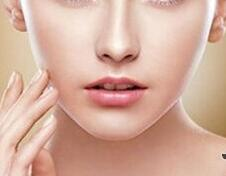保定悦容整形医院膨体隆鼻手术费用 做个精致的美人