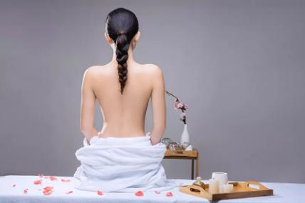 """北京哪个医院整形好 背部吸脂让您轻松拥有""""背影杀"""""""