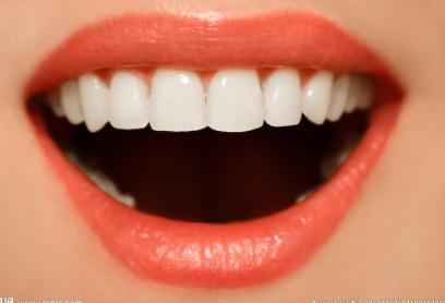 矫正牙齿的后遗症有哪些 上海恒基口腔矫正牙齿价格