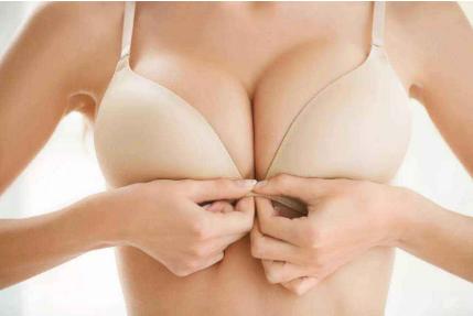 自体脂肪移植隆胸需要注射几次 苏州爱思特整形医院好吗