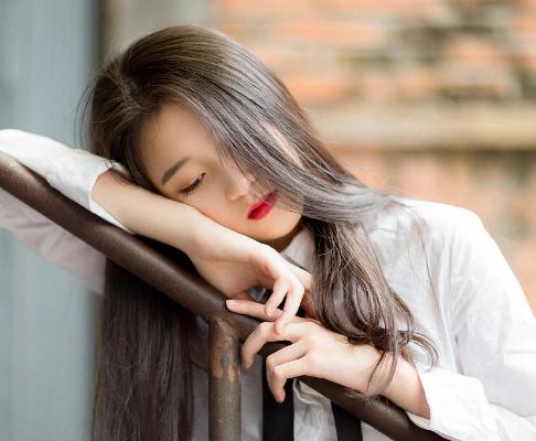 女性脱发的原因 上海雍禾植发整形植发能保持多长时间