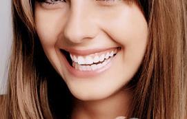 成都锦江极光口腔整形医院烤瓷牙修复 牙齿好身体才好